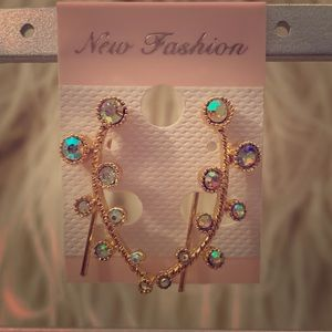 • Iridescent Earrings x ℰ𝓈𝓉𝓇𝑒𝓁𝓁𝒶 •